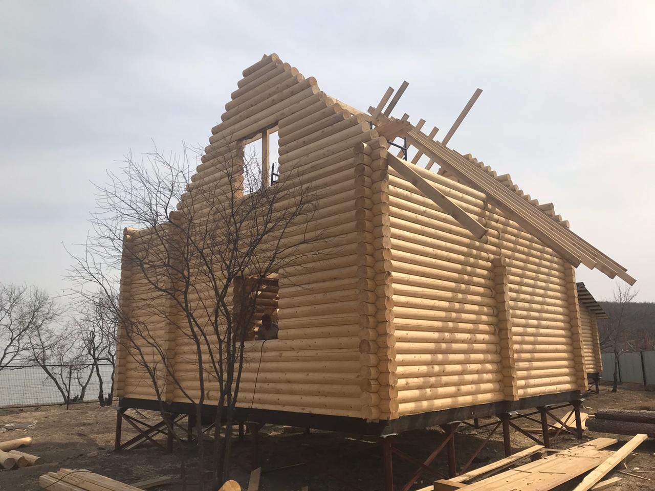 Строительство дома из оцилиндрованного бревна в Дагестане